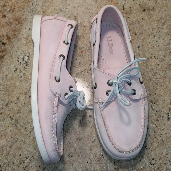 EUC L.L. Bean Pale Pink Leather Boat Shoes 7.5